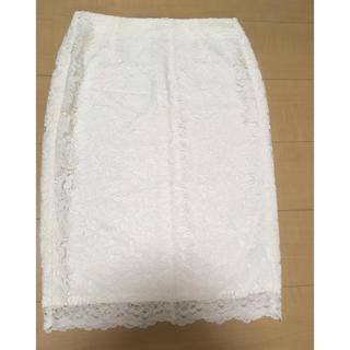 ジーユー(GU)のレースタイトスカート ホワイト(ひざ丈スカート)