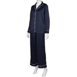 ジーユー(GU)の新品未使用 タグ付き gu サテンパジャマ 長袖 S 紺 ネイビー ルームウェア(パジャマ)