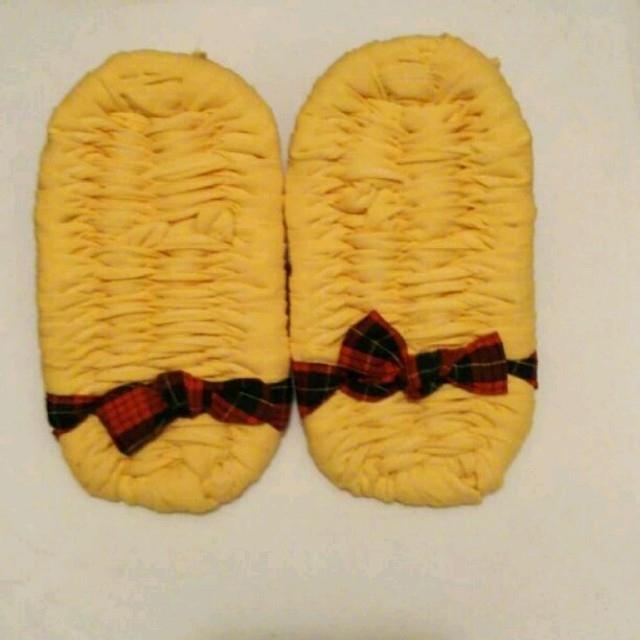 布ぞうり ダイエット用 黄色×赤チェック鼻緒 ハンドメイドのファッション小物(その他)の商品写真