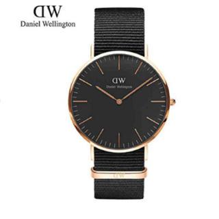 ダニエルウェリントン(Daniel Wellington)のまぁふ様 専用ページ Daniel Wellington 40mm  (腕時計(アナログ))