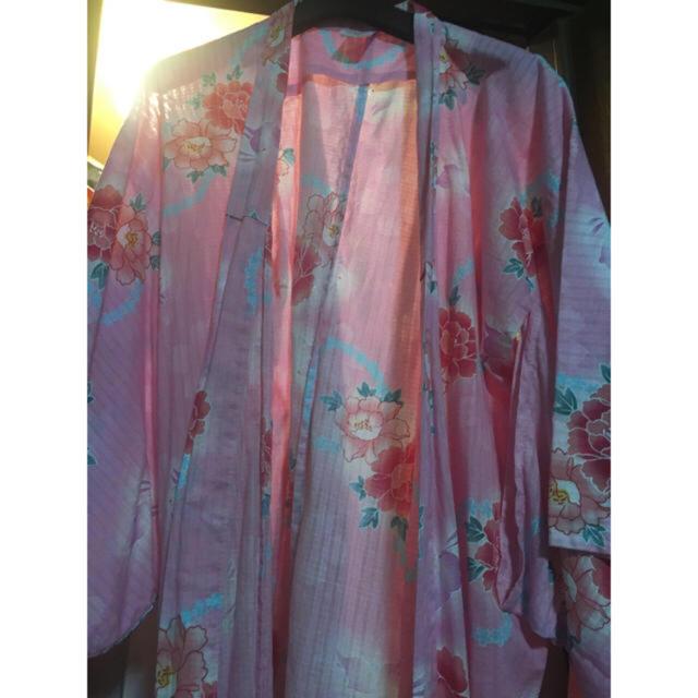 ピンクの浴衣 ウサギ、花柄 レディースの水着/浴衣(浴衣)の商品写真