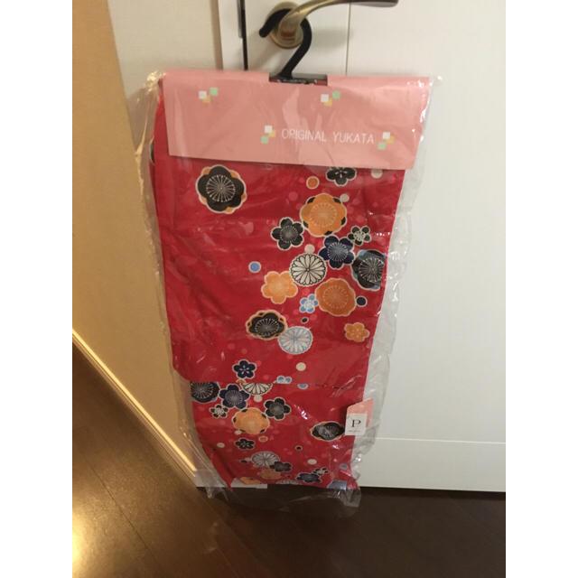 レトロ浴衣 赤 花柄 レディースの水着/浴衣(浴衣)の商品写真