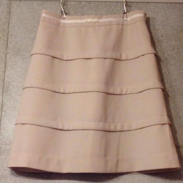 pour la frime(プーラフリーム)のpour la frime 白スカート レディースのスカート(ひざ丈スカート)の商品写真