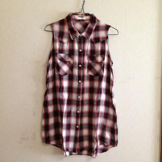ジーユー(GU)のgu チェックタンクトップブラウス(シャツ/ブラウス(半袖/袖なし))