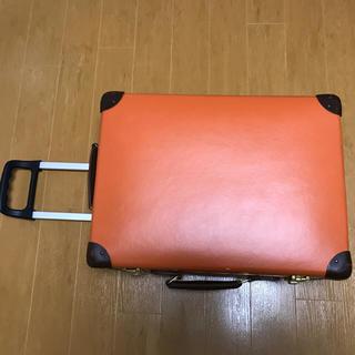 グローブトロッター(GLOBE-TROTTER)のモコフラン様専用☆グローブトロッター スーツケース オレンジ色(旅行用品)