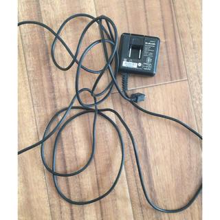 エレコム(ELECOM)のエレコム アンドロイドスマホ充電器 ADP28-014(バッテリー/充電器)