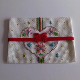 刺繍ポケットティッシュカバー3点セット(ポーチ)