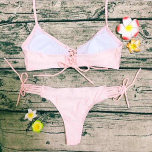 【大人可愛い】 編み上げ ピンク ブラジリアンビキニ レディースの水着/浴衣(水着)の商品写真