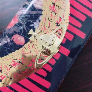 ヴィヴィアンウエストウッド(Vivienne Westwood)のヴィヴィアンウエストウッド 長財布 花 ピンク(財布)