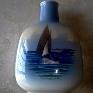 ロイヤルコペンハーゲン(ROYAL COPENHAGEN)の美品♪ ロイヤルコペンハーゲン スクエア花瓶(花瓶)
