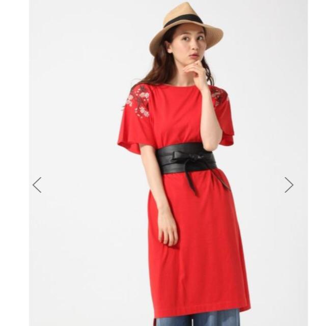 GLOBAL WORK(グローバルワーク)の美品グローバルワーク吸水速乾刺繍カットワンピースL赤 レディースのワンピース(ひざ丈ワンピース)の商品写真