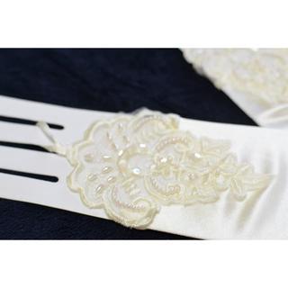 【新品】ウェディンググローブ  指なし 装飾&シャーリング♥ アイボリー(ウェディングドレス)