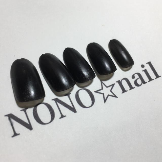 黒 マット ネイルチップ ハンドメイドのアクセサリー(ネイルチップ)の商品写真