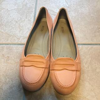 クラークス(Clarks)のFiNDZAKKA様 専用ページ ECCO フラッツ + 大丸 ベージュパンプス(ローファー/革靴)