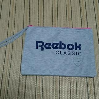 リーボック(Reebok)のReebok☆フワフワポーチ(ポーチ)