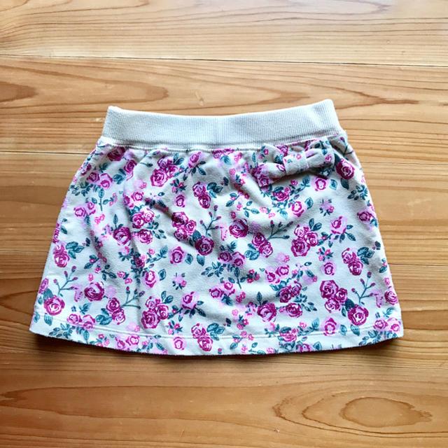 GU(ジーユー)のGU☆花柄スカート キッズ/ベビー/マタニティのキッズ服 女の子用(90cm~)(スカート)の商品写真