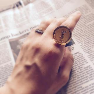 イヴサンローランボーテ(Yves Saint Laurent Beaute)の「残りわずか」ハンドメイドリング(リング(指輪))