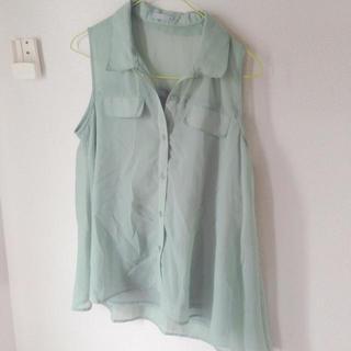 ジーユー(GU)のGU   ノースリーブシャツ *(シャツ/ブラウス(半袖/袖なし))