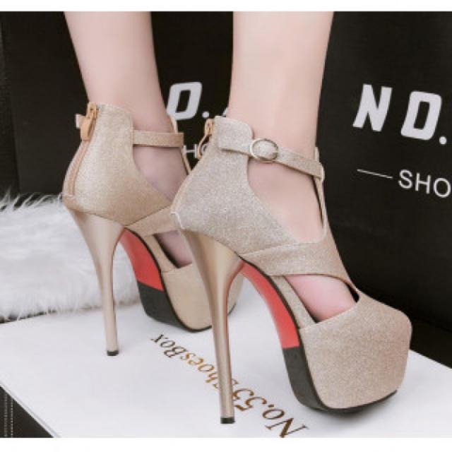 【新作】チャック ハイヒール パンプス 高級感 ゴールド レディースの靴/シューズ(ハイヒール/パンプス)の商品写真
