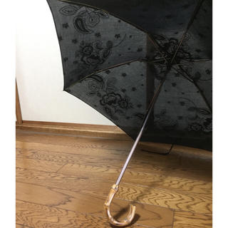 ビームス(BEAMS)の日傘☆折りたたみ日傘☆刺繍☆bonbon store☆ボンボンストア(傘)