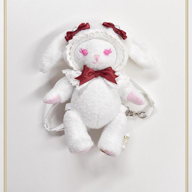 BABY,THE STARS SHINE BRIGHT(ベイビーザスターズシャインブライト)のヒカル☆様専用 ちいさなうさくみゃリュック エンジ エンタメ/ホビーのおもちゃ/ぬいぐるみ(ぬいぐるみ)の商品写真