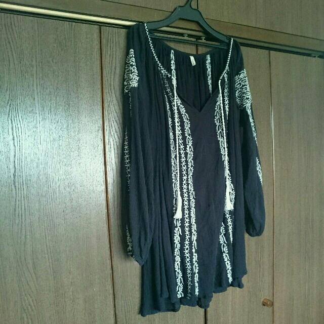Ungrid(アングリッド)のungrid/刺繍コットンワンピース/ブラック レディースのワンピース(ミニワンピース)の商品写真