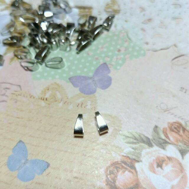 7×3㎜ バチカン シルバー 30こ ハンドメイドの素材/材料(各種パーツ)の商品写真