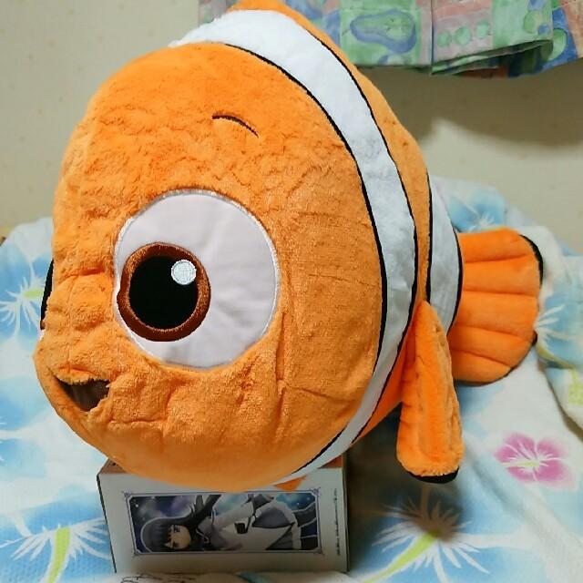 ファインディングニモ ジャンボぬいぐるみ エンタメ/ホビーのおもちゃ/ぬいぐるみ(ぬいぐるみ)の商品写真