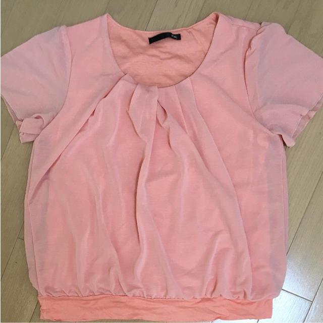 サーモンピンク プルオーバー レディースのトップス(Tシャツ(半袖/袖なし))の商品写真