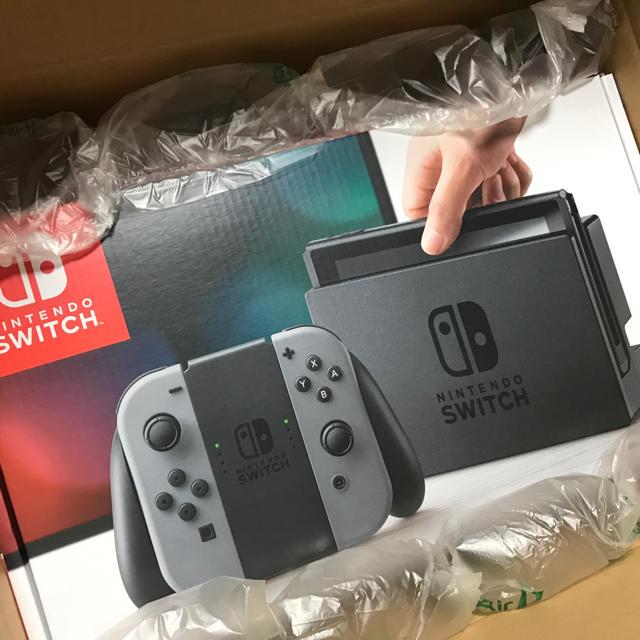 Nintendo Switch(ニンテンドースイッチ)のNintendo switch ニンテンドースイッチ本体 エンタメ/ホビーのテレビゲーム(家庭用ゲーム本体)の商品写真