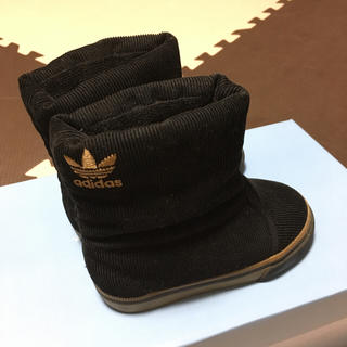 アディダス(adidas)のaddidas♡コーデュロイブーツ(ブーツ)
