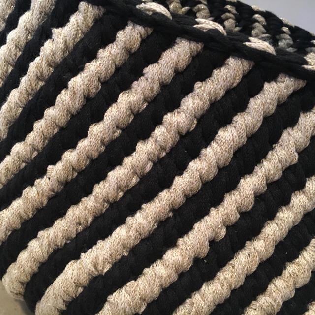《オーダー受付中》軽量タイプ ゴールド×黒 斜めストライプマルシェ L ハンドメイドのファッション小物(バッグ)の商品写真