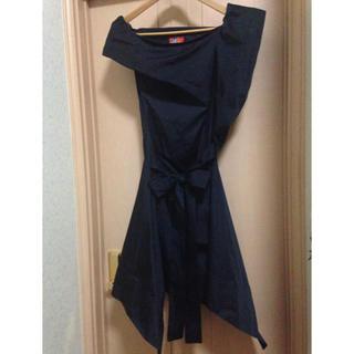 ヴィヴィアンウエストウッド(Vivienne Westwood)の最終価格 ヴィヴィアン 黒サテンドレス(ミディアムドレス)