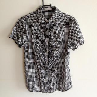 ジーユー(GU)のチェックブラウス(シャツ/ブラウス(半袖/袖なし))
