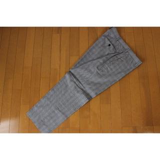 ユニクロ(UNIQLO)の【美品】ユニクロ UNIQLO メンズ パンツ ウエスト91cm tqe XL(スラックス)