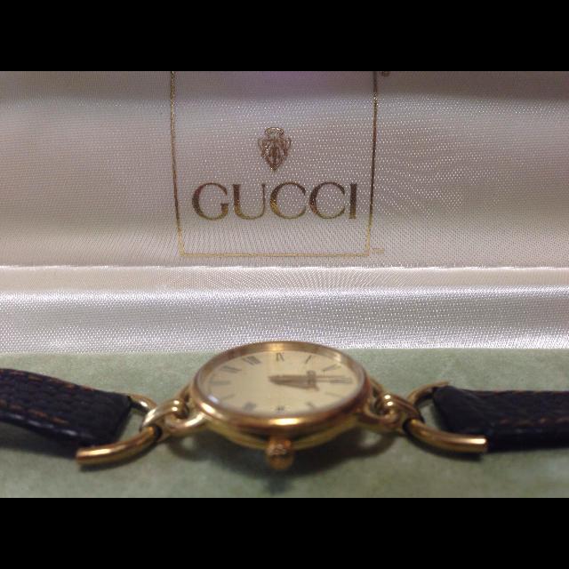 Gucci(グッチ)の♥️レア 正規品 美品 GUCCI 時計 ゴールド♥️ レディースのファッション小物(腕時計)の商品写真