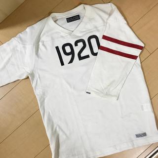 デラックス(DELUXE)のDELUXE  フットボールTシャツ(Tシャツ/カットソー(七分/長袖))