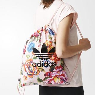 アディダス(adidas)の【新品・即発送OK】adidas オリジナルス ジムバッグ Farm フローラル(リュック/バックパック)