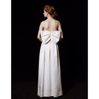 ヴェラウォン(Vera Wang)の【新品未使用タグ付】バックリボンウェディングドレス(ウェディングドレス)