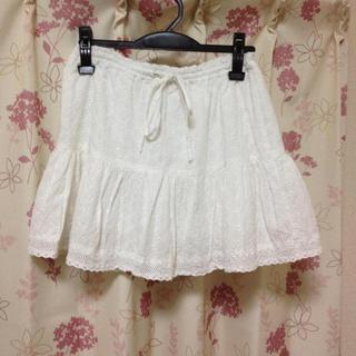 ローリーズファーム(LOWRYS FARM)のローリーズ♡コットン刺繍スカート(ミニスカート)