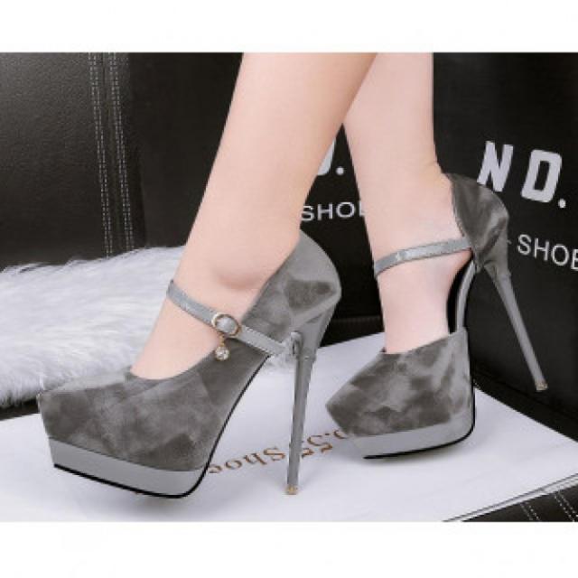 【新作】艶なし ハイヒール パンプス 高級感 グレー レディースの靴/シューズ(ハイヒール/パンプス)の商品写真