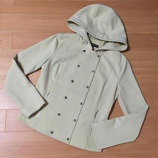 フォクシー(FOXEY)のご専用 フォクシーNYフード付きジャケット美品38ベージュ(ブルゾン)