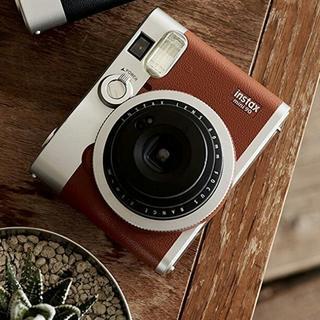 インスタントカメラ チェキ instax mini 90 ネオクラシック(フィルムカメラ)