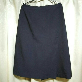 トゥモローランド(TOMORROWLAND)の巻きスカート(ひざ丈スカート)