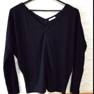 ジーユー(GU)のV字ロングTシャツ(Tシャツ(長袖/七分))