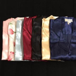【新品シルク100%】 パジャマ 上下長袖セット (パジャマ)