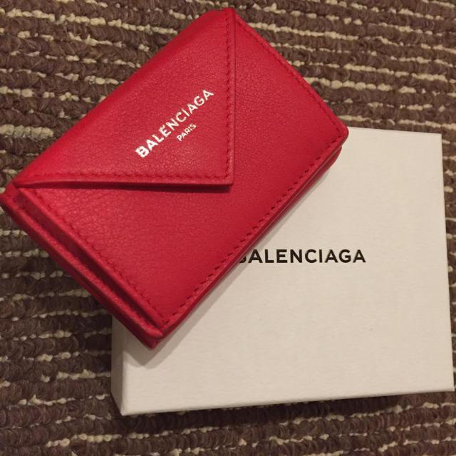 on sale c0fe1 66d2e BALENCIAGA 三つ折り財布 ペーパーミニウォレット 送料込 確実本物 | フリマアプリ ラクマ