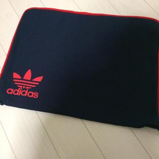 【新品】adidasクラッチバッグ(セカンドバッグ/クラッチバッグ)