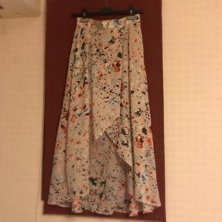 ビーシービージーマックスアズリア(BCBGMAXAZRIA)の超美品✴︎BCBG✴︎バタフライスカート/プリーツスカート(ロングスカート)