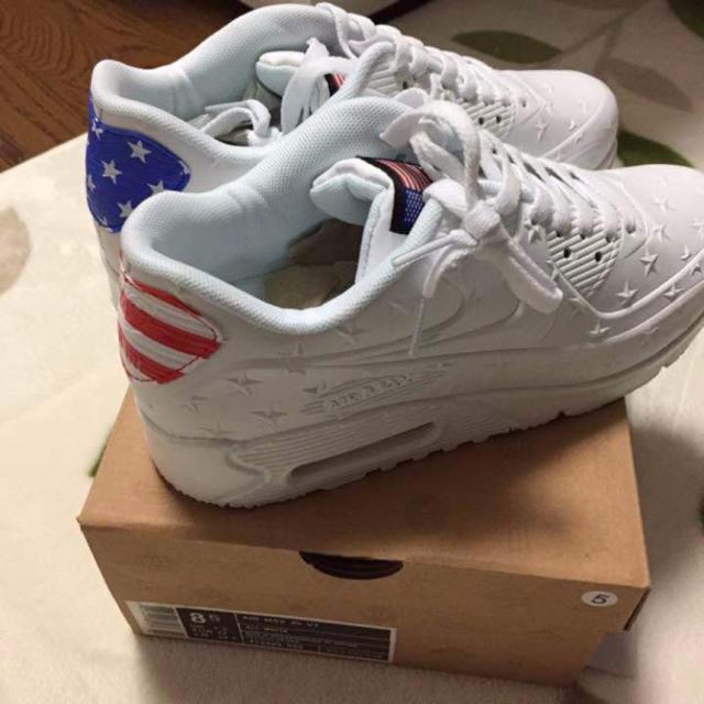 NIKE(ナイキ)のナイキ エアマックス90 国旗柄 レディースの靴/シューズ